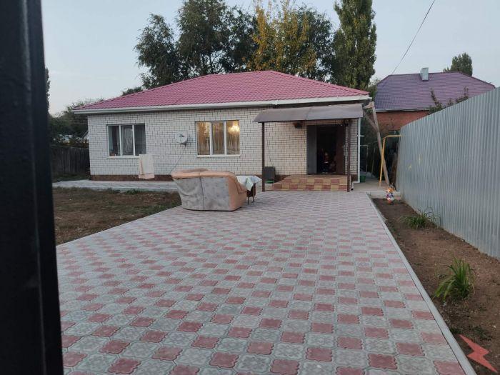 Продаю Дом , 130 кв.м , Кирпичный, Энгельс