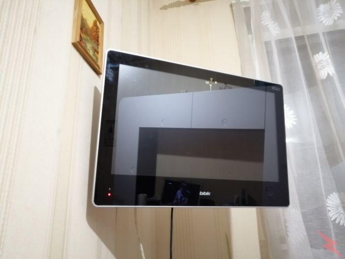 Телевизор ввк 22 с USB порт дисковод кронштейн, МОСКВА