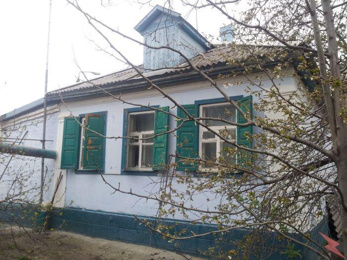 Продаю  дом , 50 кв.м , кирпичный,  Черкесск