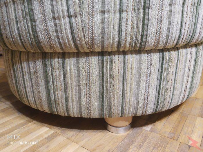 Раскладная овальная кушетка диванчик в хорошем состоянии, МОСКВА