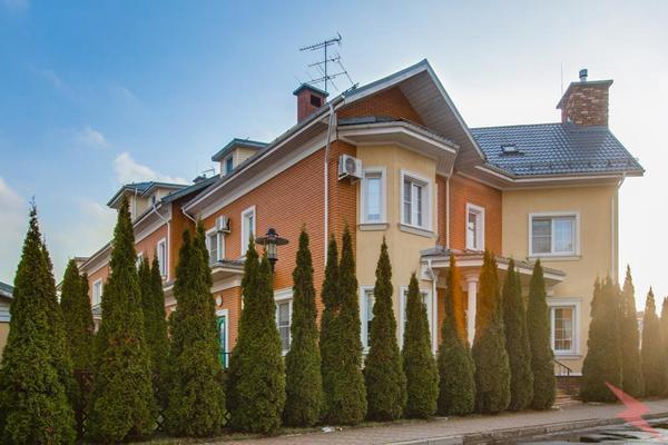 Продаю Коттедж , 550 кв.м , Кирпичный, Красногорск