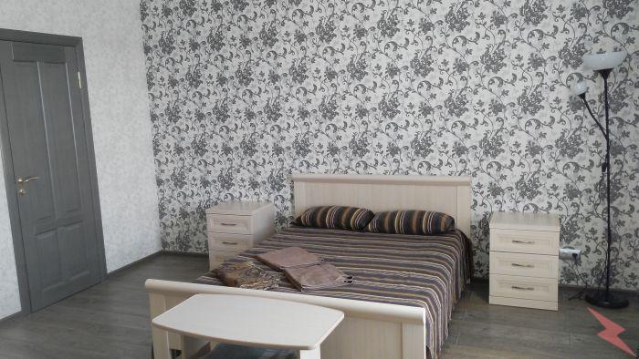Сдаю 1-комнатную квартиру на ул. Плотникова, 5,  Нижний Новгород