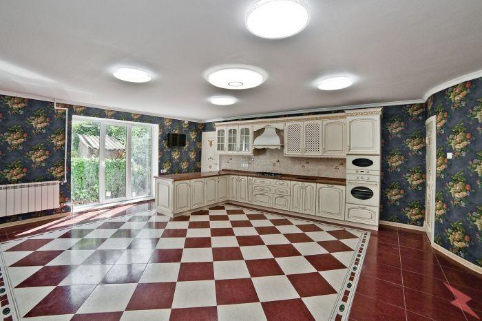 Продаю коттедж , 320 кв.м , кирпичный, Краснодар