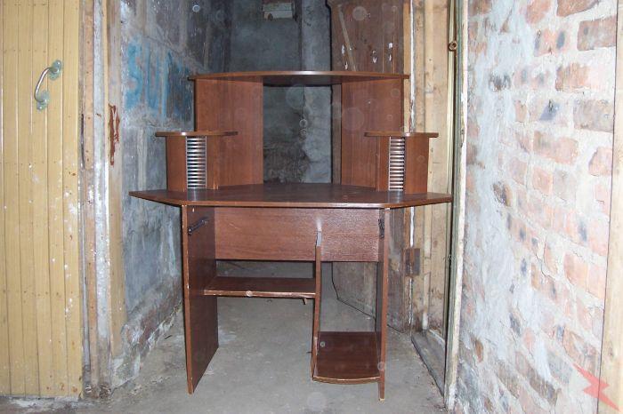 Продам угловой компьютерный стол, Красногорск
