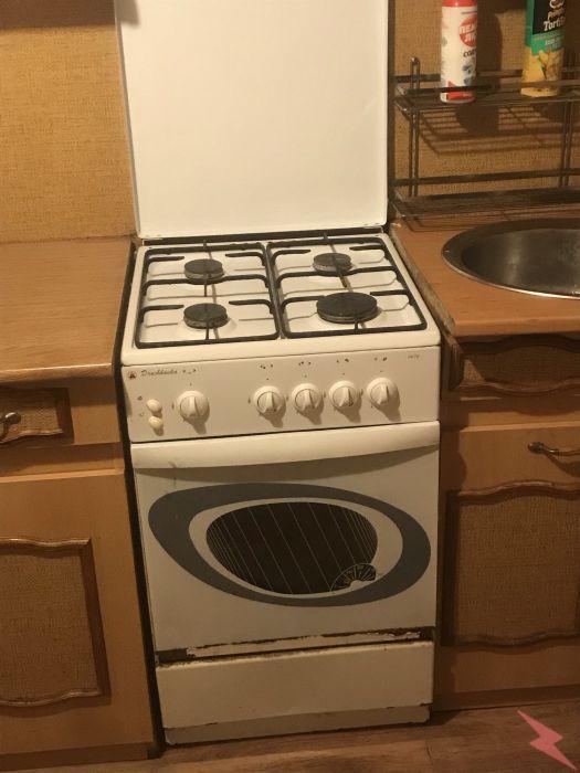 Плита газовая для кухни б у белого цвета, Краснодар