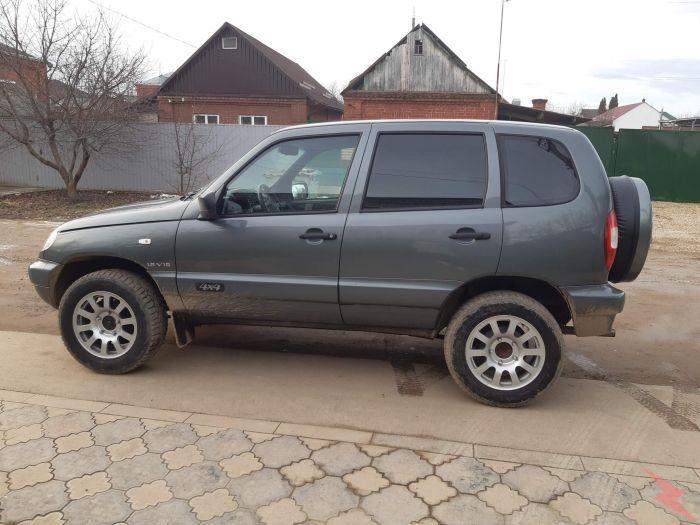 Chevrolet Niva, 220 000 км, цена 400000 руб., Армавир
