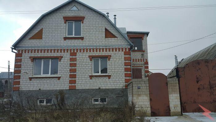 Продаю Коттедж , 224 кв.м , Кирпичный, Елец