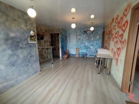 Продаю 2-комнатная квартиру, 43 кв м, Владивосток