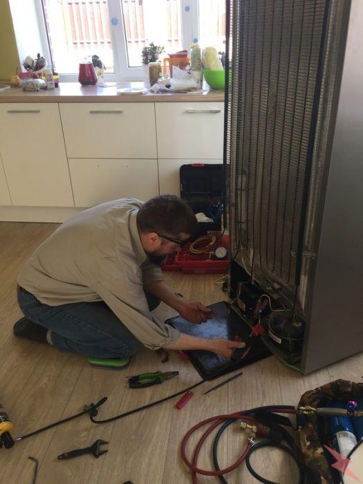 Ремонт холодильников на дому, а также холодильных витрин, Липецк