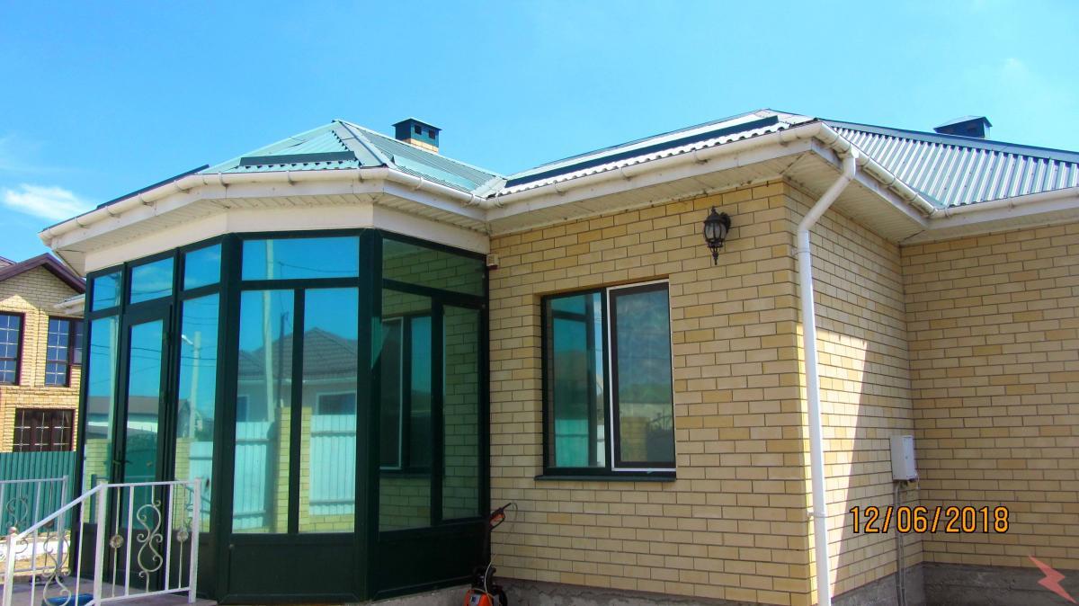 Сдаю кирпичный дом площ. 150 кв. м, Анапа